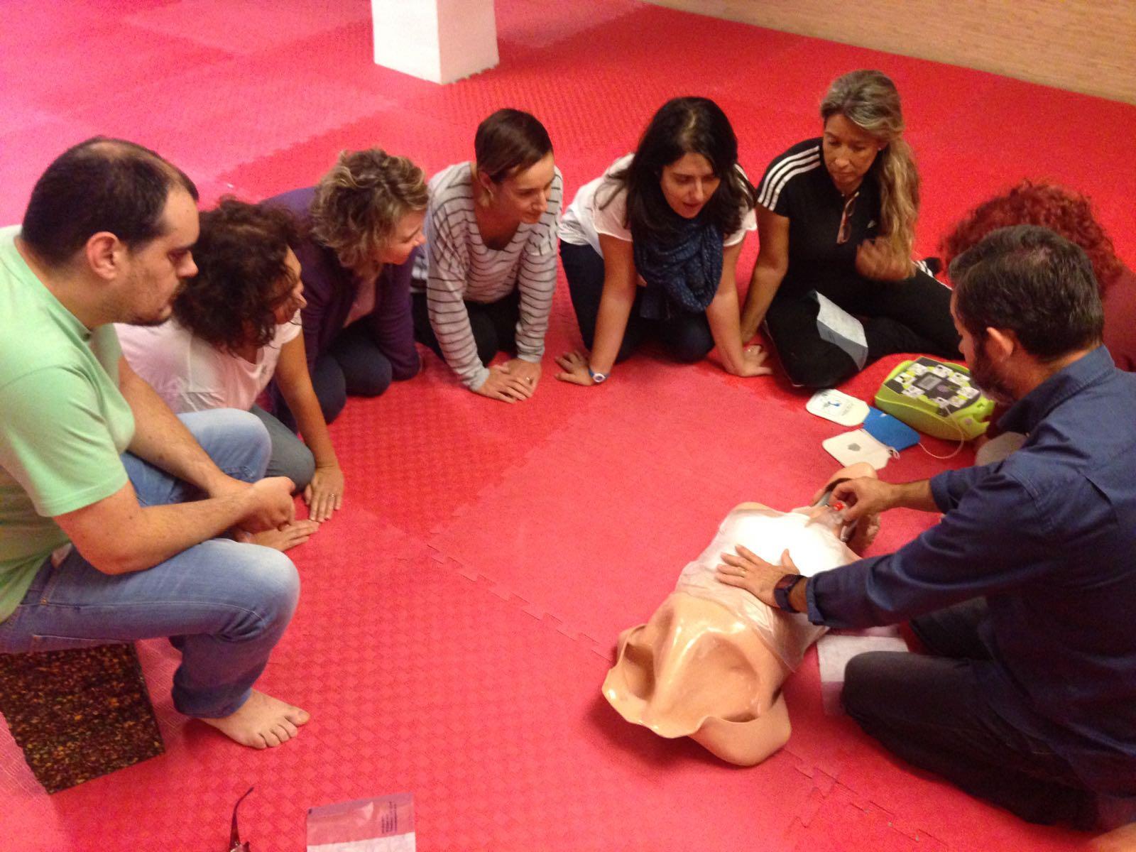 Curso RCP y DESA para profesores de Cooperativa Salus de Castellón